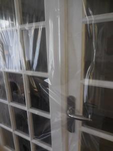 Film de protection pour porte et fenêtre
