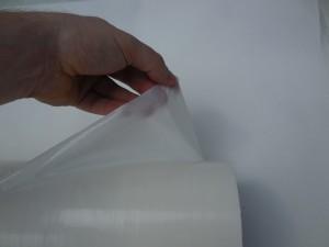 Film adhésif de protection de surfaces