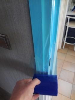 Film adhésif de protection pour surfaces lisses
