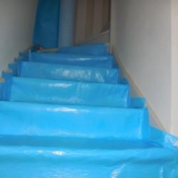 Protection auto-adhésive pour escalier - travaux finition