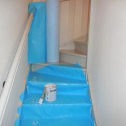 Protections de surfaces auto-adhésives par pression