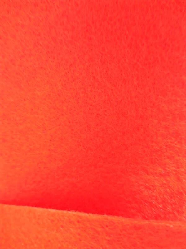 Moquette de protection 1.01m x 60m envers résine