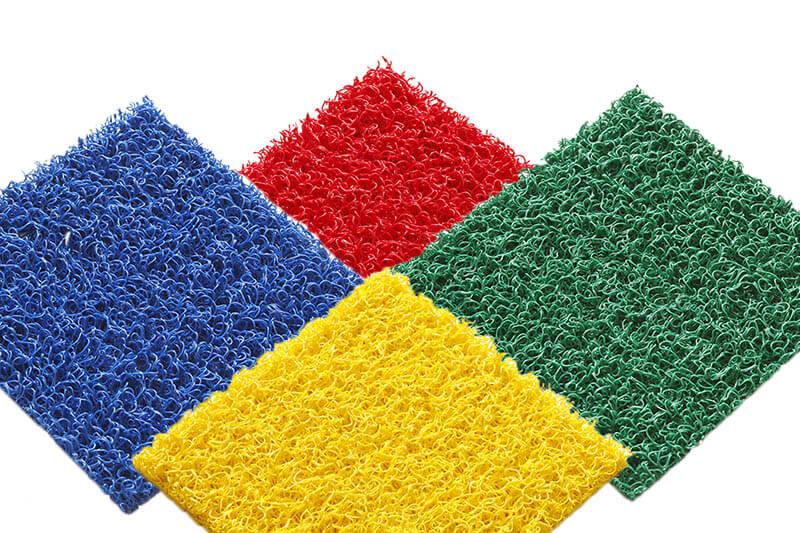Tapis PVC spaghetti KINGPRO divers coloris rouge bleu jaune orange vert cheminement de chantier