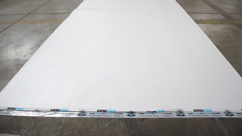 Carton plastifié de protection TETRA - côté blanc lumineux pour chantier