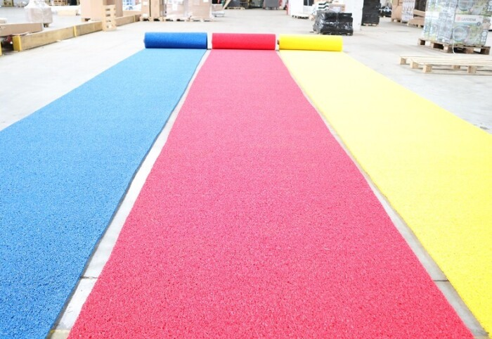 Circulation de chantier - tapis antidérapant PVC jaune bleu rouge